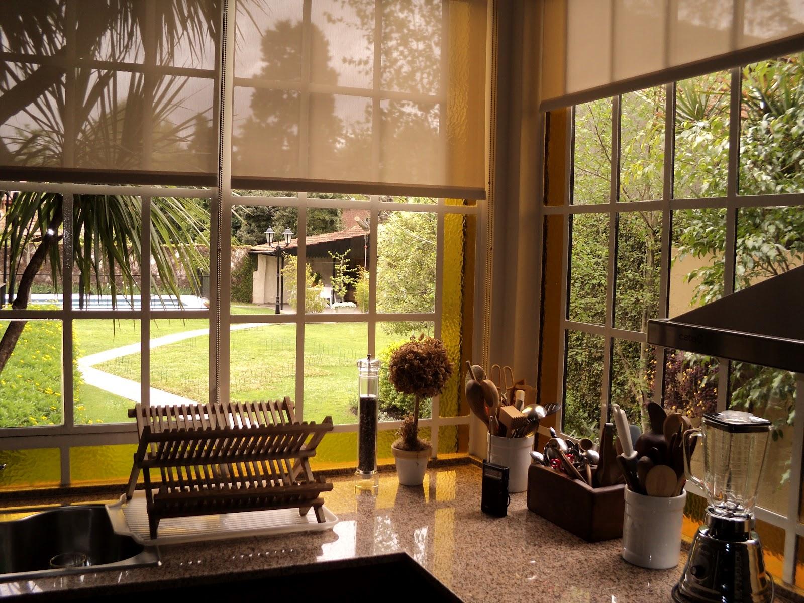 Beneficios de las cortinas roller sun screen - Cortinas screen cocina ...