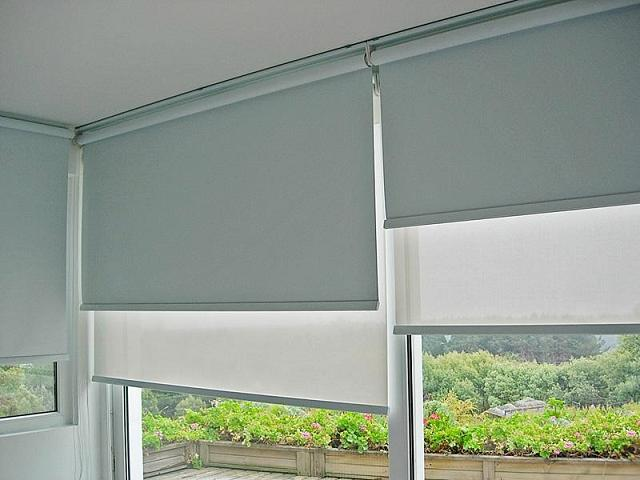 Sistema doble de cortinas roller sun screen y black out - Cortinas screen cocina ...