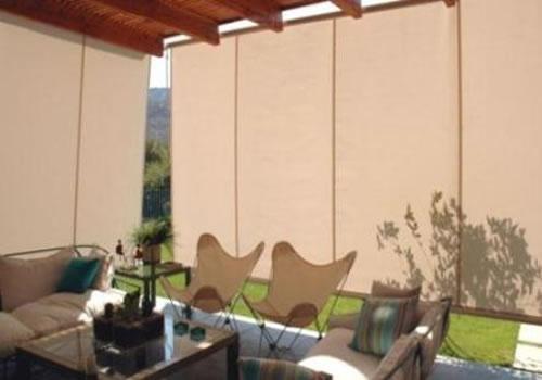 Cortinas roller para exteriores for Accesorios para toldos de balcon